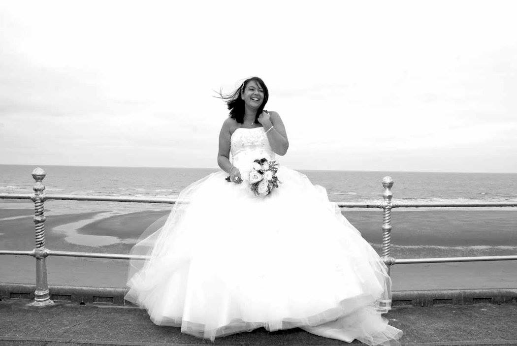 Blackpool Prom Wedding Photo by Happy Wedding Photography